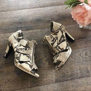{Sofft} Leather Python Heels